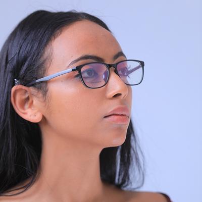 Eyeglass13